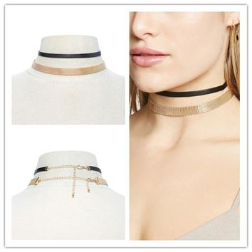 Korean version of the simple gold metal hollow necklace new card neck Choker neck with flannel clavicle chain neck chain KP