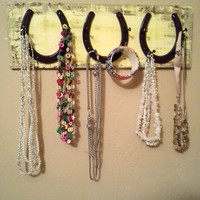horseshoe necklace holder...horseshoe accessory rack...horseshoe jewelry hanger...horseshoe decor