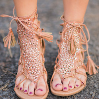 On The Low Short Gladiator Sandals With Ties In Tan