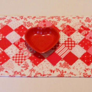 Patchwork Valentine Table Runner Table Topper Cottage Chic Red White Pink