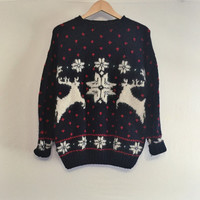 Vintage / Christmas Sweater / reindeer sweater / ugly Christmas sweater / ugly sweater / hipster sweater / grandpa sweater