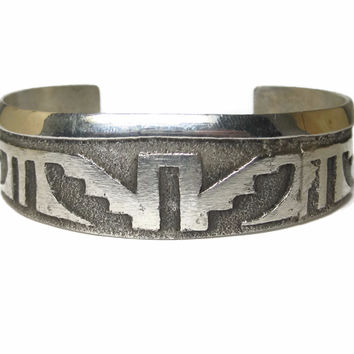 Vintage 90s Sterling Tufa Cuff Bracelet 6.25 Inches