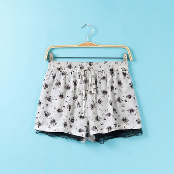 Summer Floral Print Lace Chiffon Pants Shorts [4918010756]