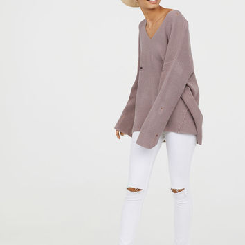 V-neck Sweater - Dusky pink - Ladies | H&M US