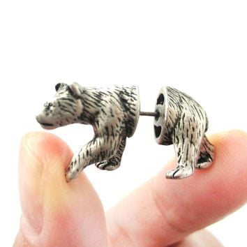 Fake Gauge Earrings: Realistic Polar Bear Shaped Animal Themed Faux Plug Stud Earrings in Silver