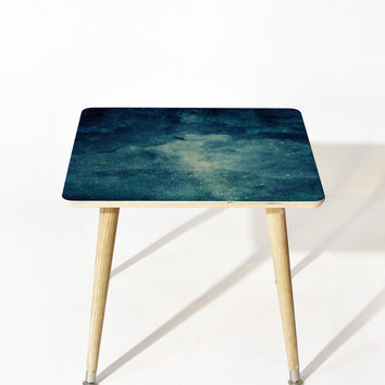 Chelsea Victoria Gatsby and Daisy Side Table