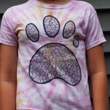 Little Kids Pawprint TShirt, XS Childrens Paw Print Shirt, Dog Lover, Cat Lover, Bear paw, Kids Tie Dye Shirt, Animal Tracks, Dog Paw