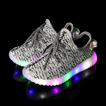 Eur22-36  girls&boys led yeezy shoes Kids light up Shoes for children girl luminous shoe baby boy breathable glowing sneakers TW