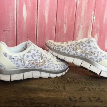 SALE Blinged Nike Free 5.0 V4 Running Shoes Leopard Cheetah White Metallic Silver Cust