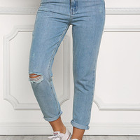 Light Washed Distressed Mid Rise Jeans