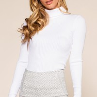 Pynn Turtleneck - White