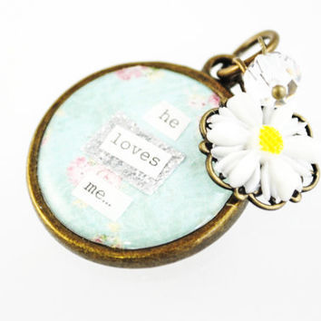 SALE - Shabby Chic Blue Bouquet Charm - He loves me - Daisy Bouquet Charm - Something Old and Something Blue