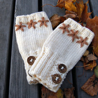 SALE White fingerless gloves, knit merino wool arm warmers / wrist warmers / hand warmers in white 50% off