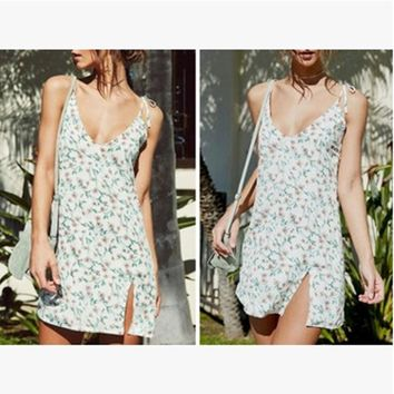 2018 summer new sexy floral suspender dress beach skirt