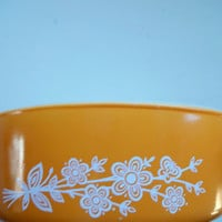 Vintage Pyrex 500 ML Butterfly Gold Ovenware Dish 1960s