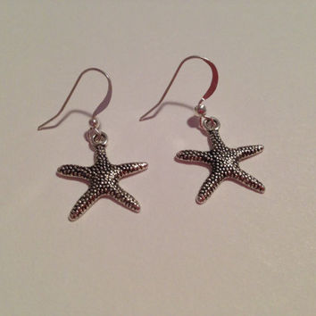 Dollar Days Earring Sale: Starfish Earrings