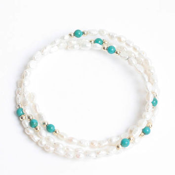 Freshwater Pearl Wrap Bracelet Gold Tone and Turquoise Beads Vintage
