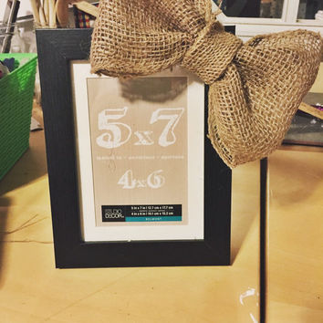Country Rustic Oversized Burlap Bow on Black Picture Frame 5x7