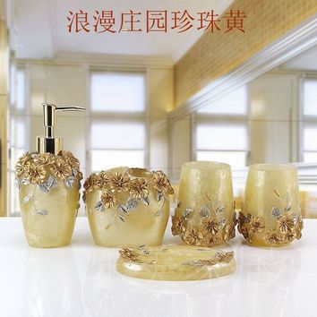 Cup brush bathroom set luxurious fashion resin  five pieces holder Bath gel bottle soap box Toothbrush holder mouth appliances