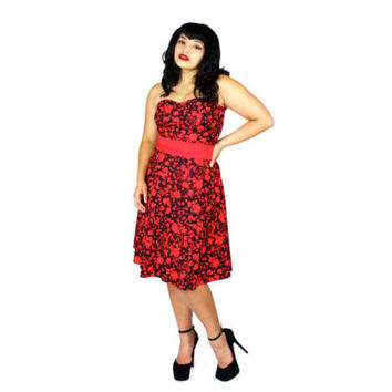 Hemet Red and Black Strapless Dress