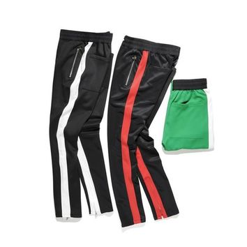 2018 NEW TOP kanye west red white green stripes men pants hip hop patched track beam foot trousers Side zipper sports pants