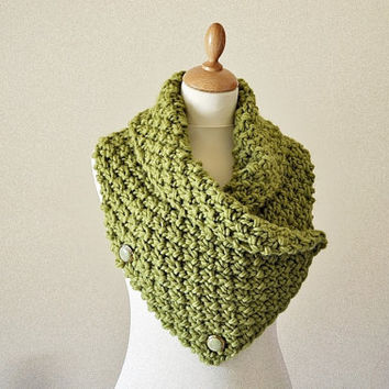Chunky Knit Neck Warmer Olive Green