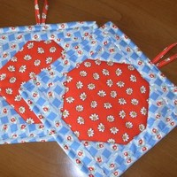 Handmade Quilted Pot Holders Pair Retro Red and Blue With Daisies