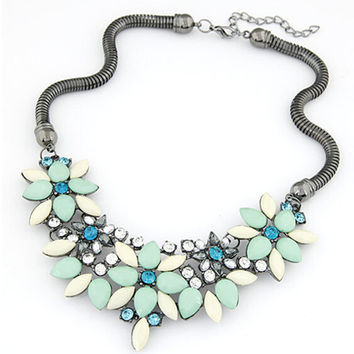 2016 New sell Fashion Retro style Colorful gem rhinestone flower choker necklace Statement jewelry women