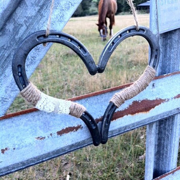 Rustic Chic Wedding Heart Horseshoe