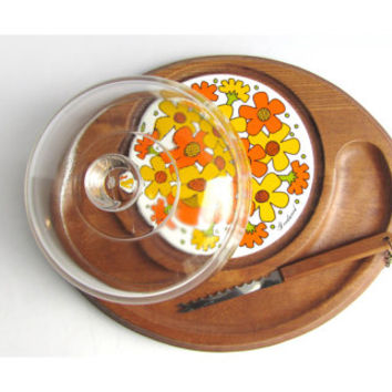 Mod Goodwood Cheese Tray Glass Dome and Knife