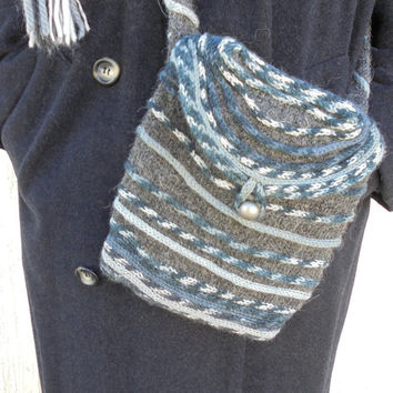 Hand knitted wool bag - Shoulder bag - Crossbody bag - Messenger bag - Gray, black and white -  Small bag -  Day bag - Small knit purse