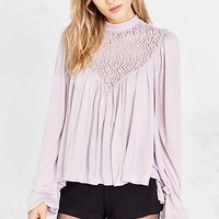 Kimchi Blue Lace Yoke Mock-Neck Tie-Back Blouse - Urban Outfitters