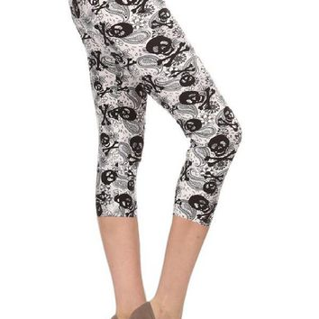 Women's Capri Skull Leggings Bones & Paisley Black/White:  OS/PLUS