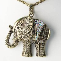 Antique Inspire Gold Tone Color Crystal Rhinestone Zoo Elephant Pendant Necklace