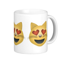 Smiling Cat Face With Heart Shaped Eyes Emoji Mug