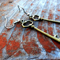Skeleton Key Earrings (Free Shipping To USA)