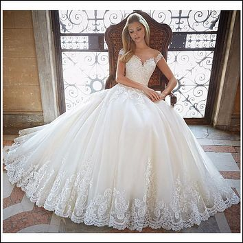 Luxury Ball Gown Wedding Dresses 2017 Cap Sleeves with Sheer Back Appliqued Court Train Bridal Gowns Plus Size Vestido De Noiva