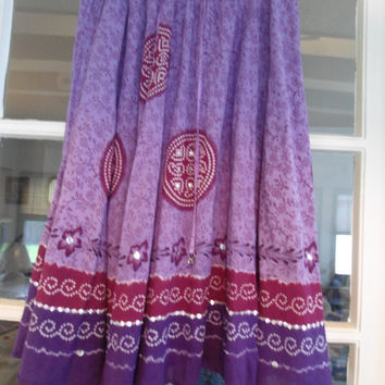70's Vintage White Stag Peasant Skirt Purple and Red
