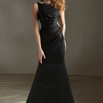 Chic Satin Bridesmaid Dress with Brooch Detail | Style 688 | Morilee