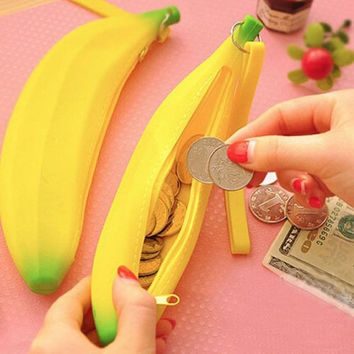 Women Fashion Silicone Cartoon Banana Coin Pencil Case Ladies Wallet Purse Pouch Gift 1PC = 5987643009