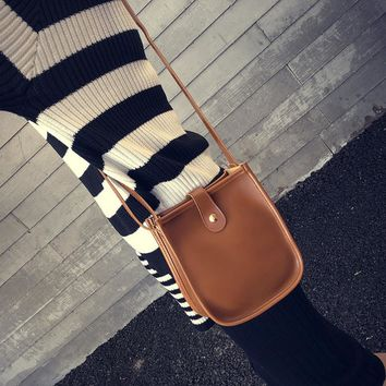 Retro Leather Satchel Cross-body Bag
