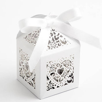 Filigree Hearts Cage Favour Box - Pearlised card 50x50x80mm - 10pk -Memories-Wedding Day-Christening -Anniversary-Birthday