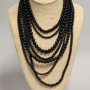 Beaded Necklace – Black