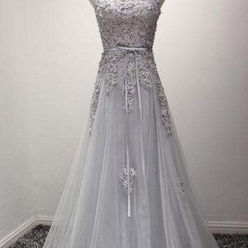 Prom Dresses Long Gray Lace Applique Beaded Evening Gowns Floor Length Graduation Dress Formal Dress Women