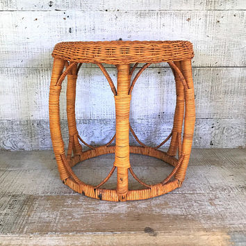 Wicker Foot Stool Rattan Footstool Wicker Ottoman Mid Century Side Table Rattan Plant Stand Small Wicker Stool Cottage Chic Small Table