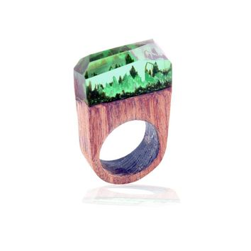SPINNER 2017 New Fashion Sky Blue And Green Vintage Resin Wooden Magic Forest Rings For Women Fashion Jewelry Gift