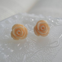 Cream rose earrings- Rose earrings- Ivory roses- Cream earrings- Bridal accessory- Fashion- Feminine