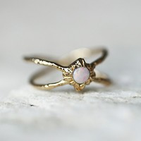 14k Infinite Shield Opal Ring