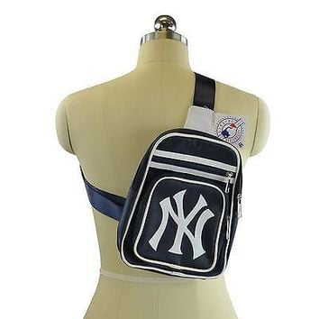 Brand New MLB New York Yankees Gear Mini Cross Bag / Backpack