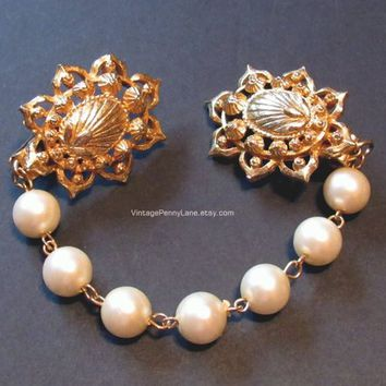 Vintage Sweater Guard / White Faux Pearl Beaded Gold Metal Chain Sweater Clips / Guards